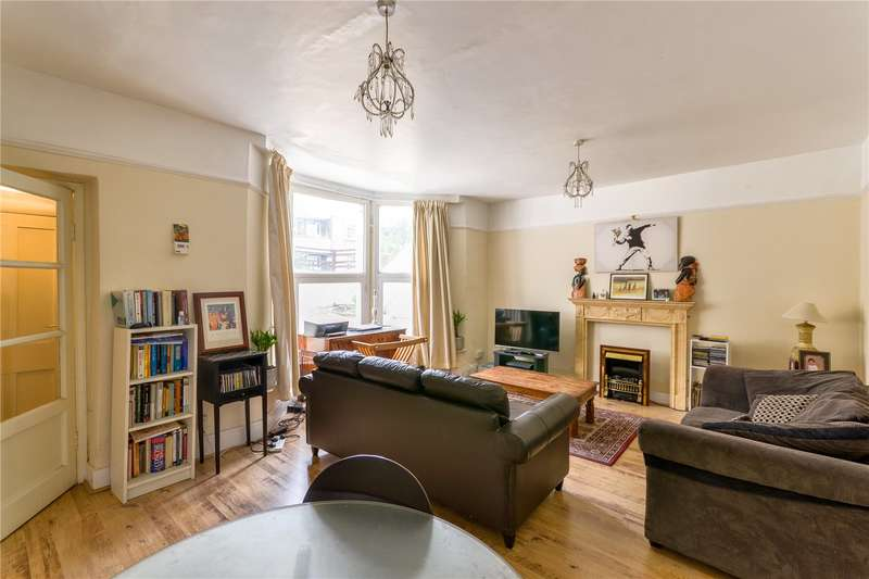 1 Bedroom Maisonette Flat for sale in Hazellville Road, Whitehall Park, London, N19