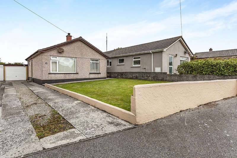 3 Bedrooms Detached Bungalow for sale in Nicholas Avenue, Four Lanes, Redruth, TR16