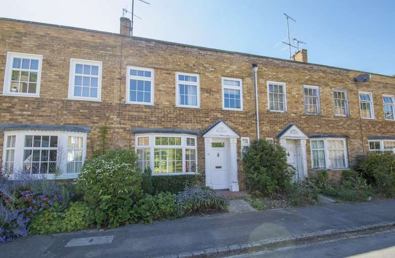 3 Bedrooms Terraced House for sale in Millers Close, Goring on Thames, Reading, RG8