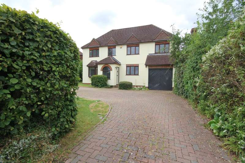 4 Bedrooms Detached House for sale in Princes Risborough | Buckinghamshire
