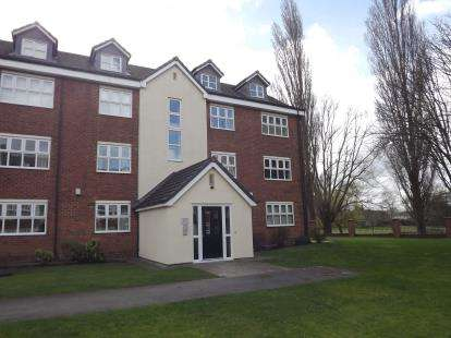 2 Bedrooms Flat for sale in Hall Lane, Manchester, Greater Manchester
