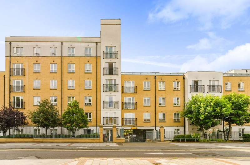 2 Bedrooms Flat for sale in Windmill Lane, Stratford, E15