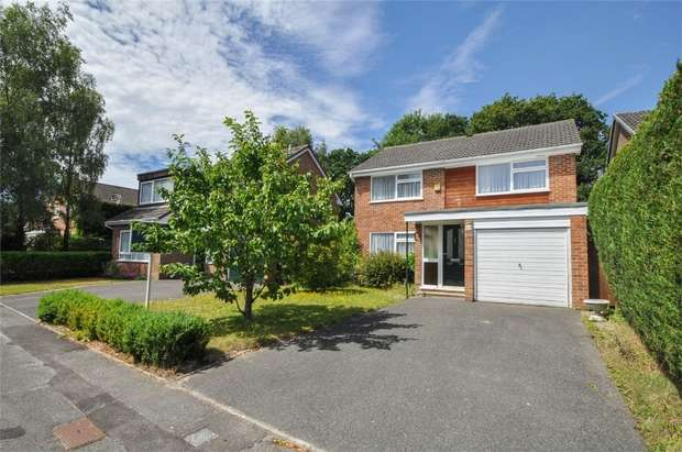 4 Bedrooms Detached House for sale in Countess Close, WIMBORNE, Dorset
