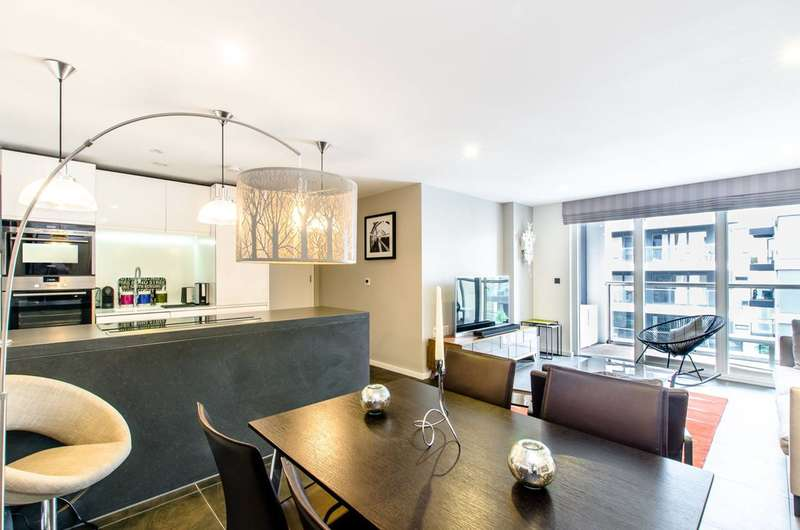 2 Bedrooms Flat for sale in Pear Tree Street, Clerkenwell, EC1V