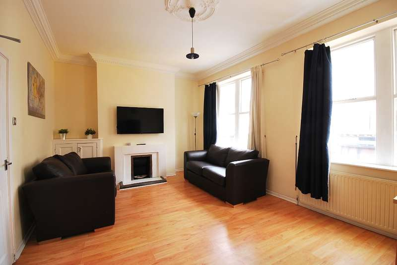 4 Bedrooms Flat for sale in Westgate Road, Newcastle Upon Tyne