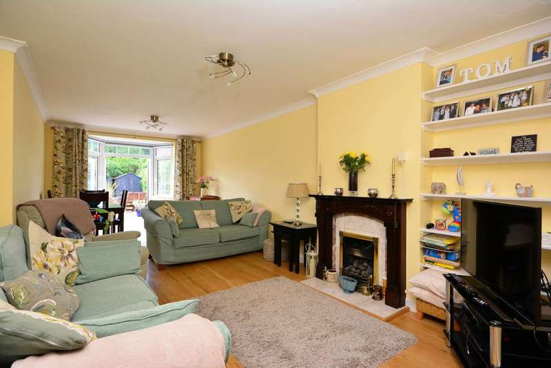 3 Bedrooms House for sale in Wormholt Road, Shepherd's Bush, W12