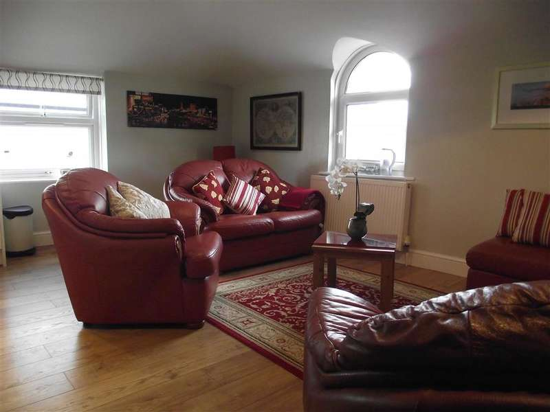 2 Bedrooms Apartment Flat for sale in Granada Road, Southsea, Hampshire