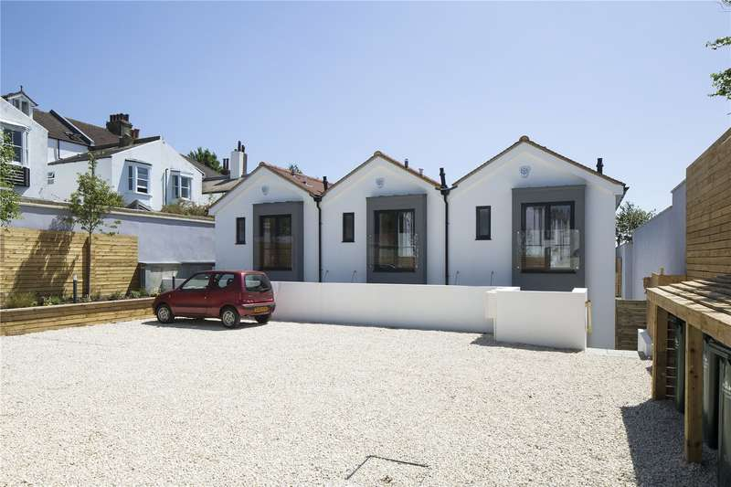 2 Bedrooms Mews House for sale in St. Andrews Close, St. Andrews Road,, Brighton, East Sussex, BN1