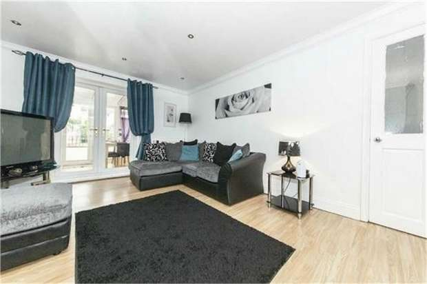 3 Bedrooms Terraced House for sale in Hawthorn Crescent, Peterlee, Durham