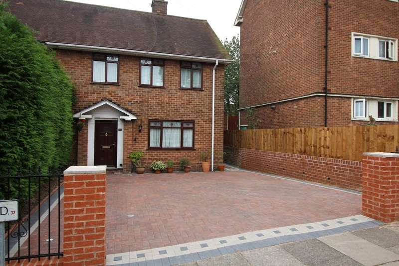 3 Bedrooms Semi Detached House for sale in Wedgewood Road, Quinton, Birmingham, B32
