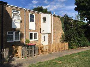 3 Bedrooms Terraced House for sale in Heather Walk, Crawley, West Sussex