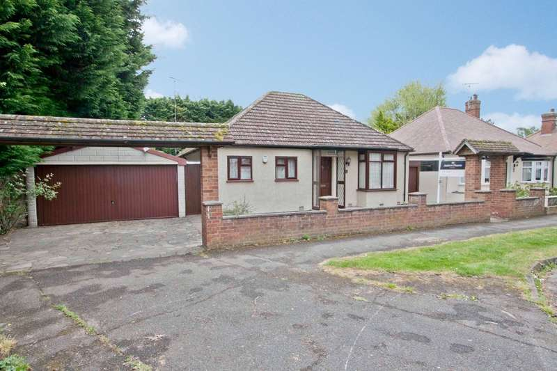2 Bedrooms Detached Bungalow for sale in Morford Close, Ruislip