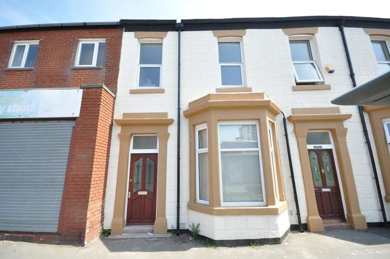 3 Bedrooms Terraced House for sale in Lytham Road, Blackpool, Lancashire, FY1 6EX
