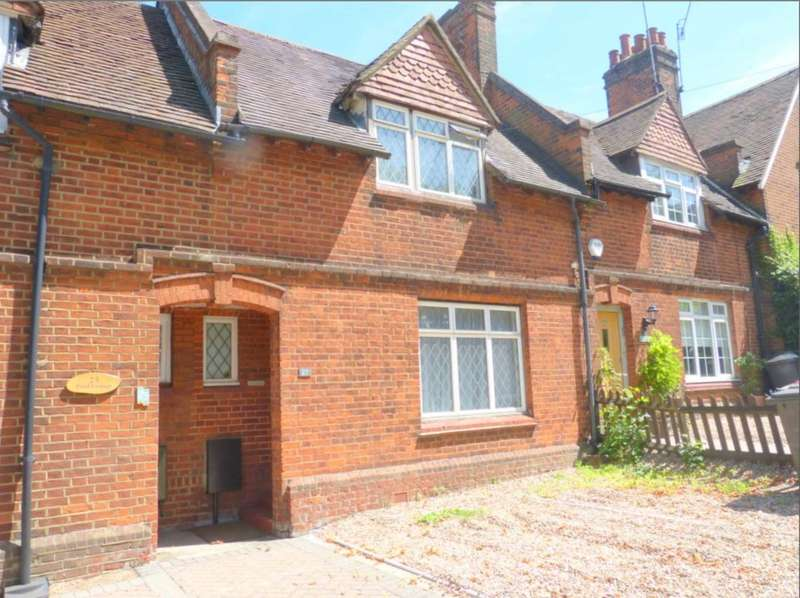 2 Bedrooms Terraced House for sale in Elstree Hill North, Elstree