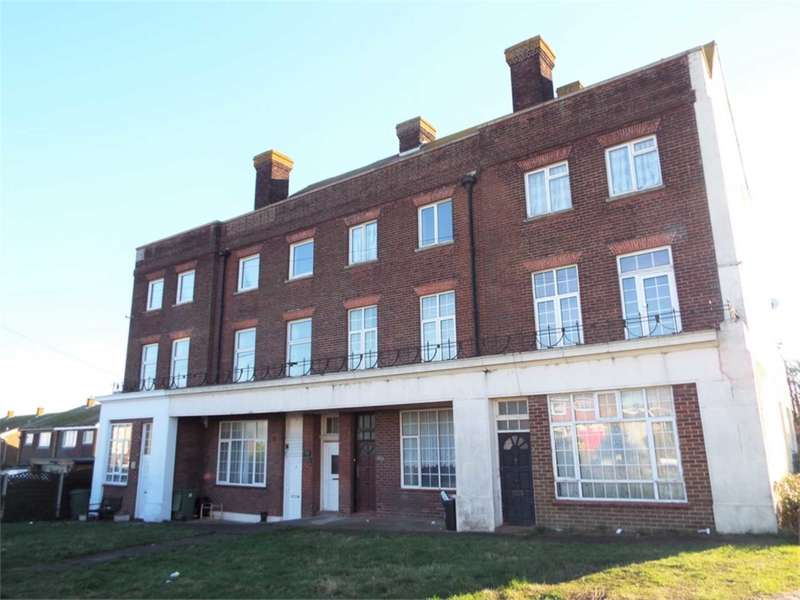 2 Bedrooms Flat for sale in Avery Way, Avery Court, Allhallows