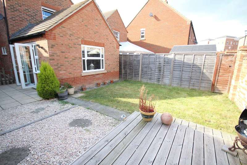 3 Bedrooms Terraced House for sale in Brimmers Way, Fairford Leys