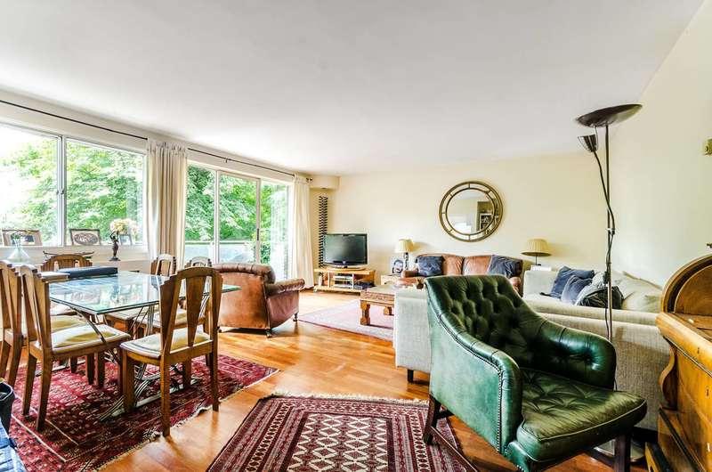 3 Bedrooms Flat for sale in Warwick Gardens, Kensington, W14