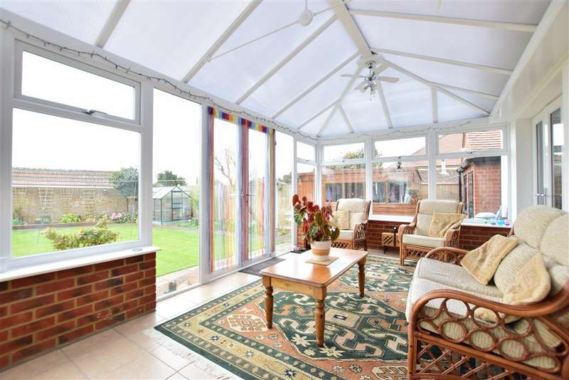 3 Bedrooms Bungalow for sale in St. Mildreds Avenue, Ramsgate, Kent