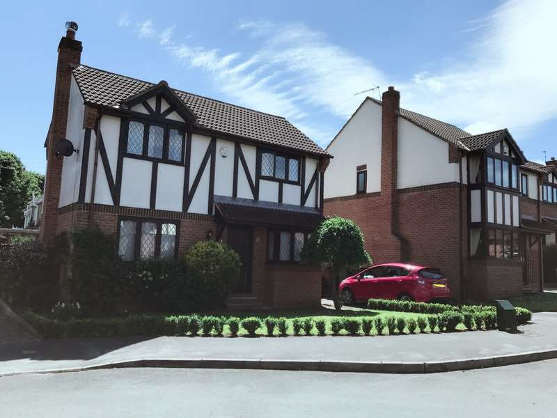 3 Bedrooms Detached House for sale in Robin Chase, Pudsey, West Yorkshire, LS28