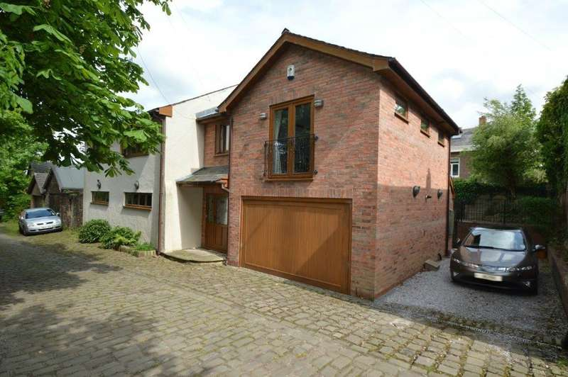 3 Bedrooms Detached House for sale in The Coach House 18A, Rear Church Lane,Whitefield, Manchester, M45