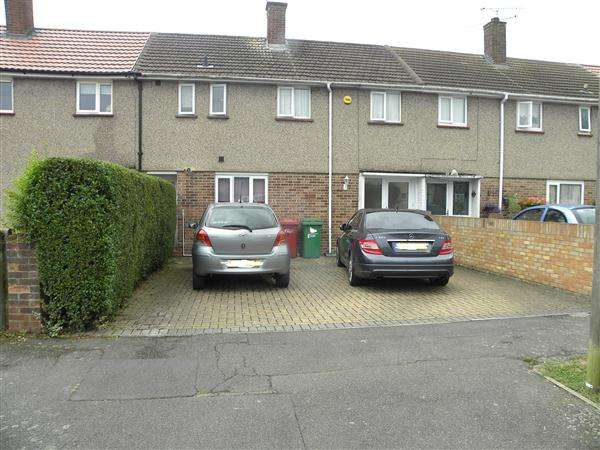 3 Bedrooms Terraced House for sale in Prestwood, Slough