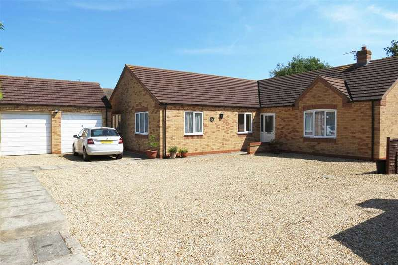 4 Bedrooms Detached Bungalow for sale in Millview Road, Ruskington