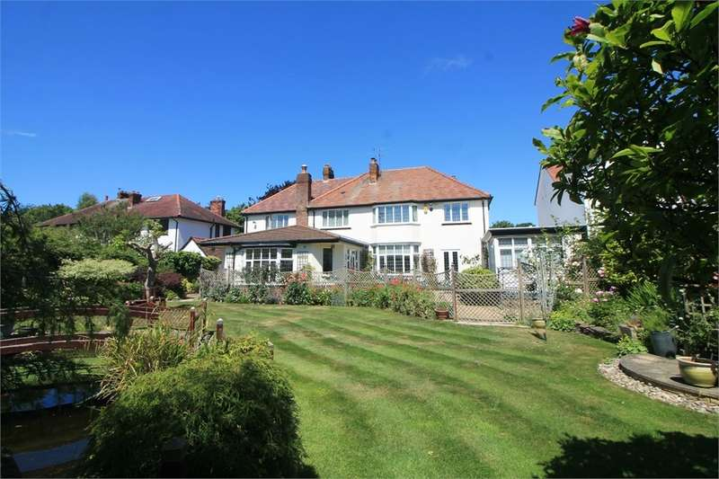 4 Bedrooms Detached House for sale in St Georges Road, Freshfield, Merseyside