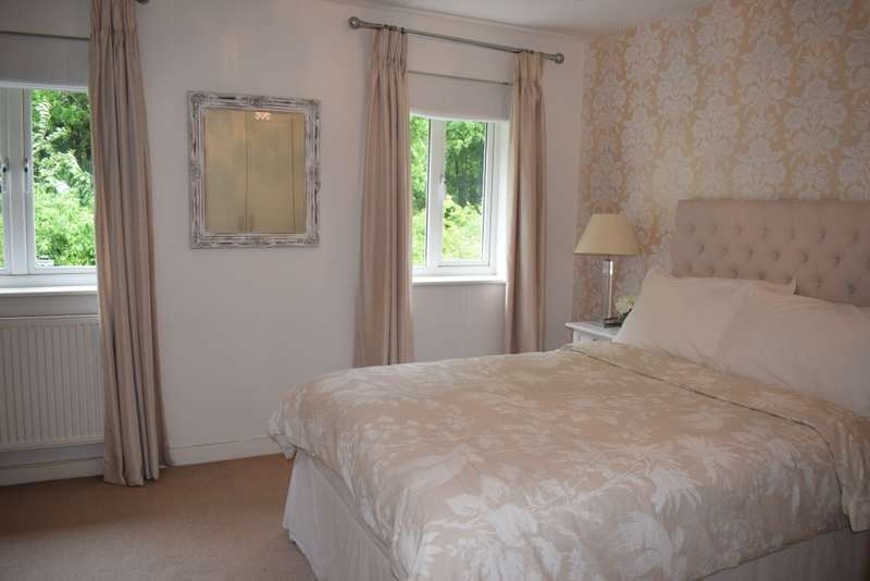 2 Bedrooms Terraced House for sale in Ragstone Fields, Maidstone