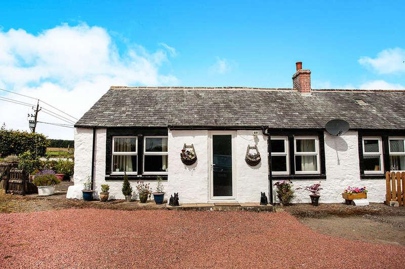 2 Bedrooms Semi Detached Bungalow for sale in Auldgirth, Dumfries, DG2