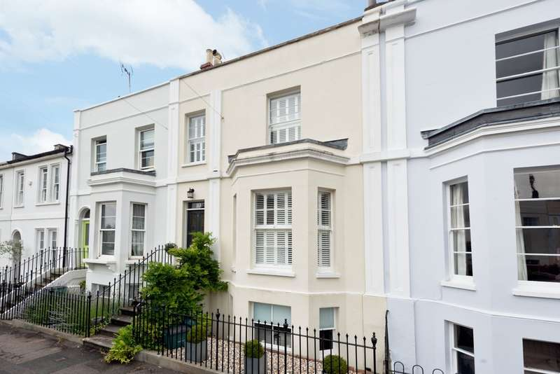 4 Bedrooms Town House for sale in Leckhampton