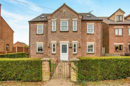 5 Bedrooms Detached House for sale in Beeston, King's Lynn, Norfolk