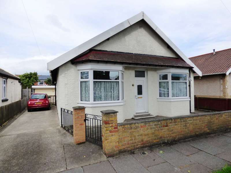 2 Bedrooms Detached Bungalow for sale in St Peters Grove, Redcar