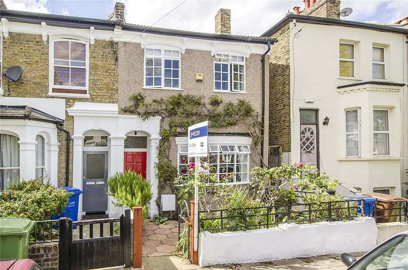 3 Bedrooms Terraced House for sale in Henslowe Road, London, SE22