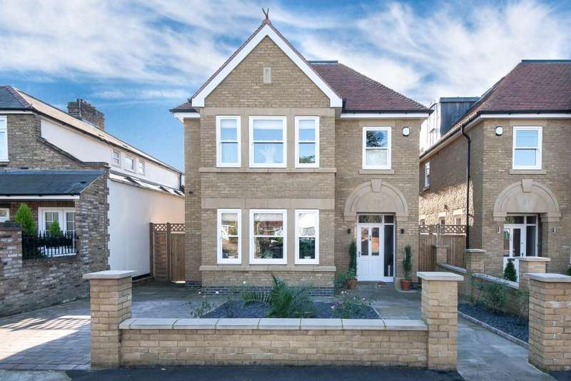 5 Bedrooms House for sale in Blandford Road, Teddington, TW11