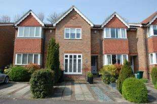 3 Bedrooms Terraced House for sale in The Mews, Tower Gate, Preston, Brighton