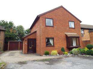 4 Bedrooms Detached House for sale in Maywater Close, Sanderstead, South Croydon