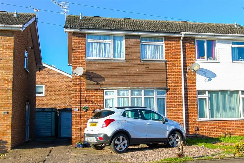 3 Bedrooms Semi Detached House for sale in Churchill Way, Burton Latimer