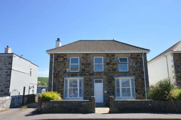 4 Bedrooms Detached House for sale in Agar Road, Illogan Highway, Redruth, Cornwall