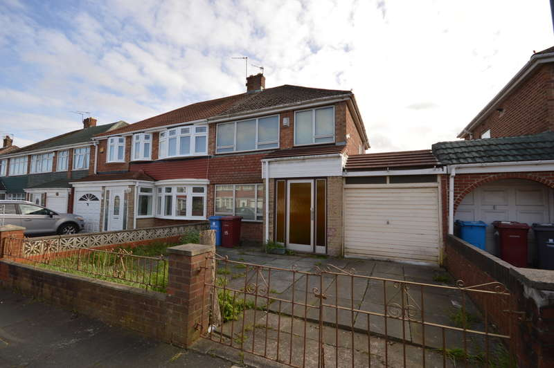 3 Bedrooms Semi Detached House for sale in Willow Avenue, Kirkby, Liverpool, L32