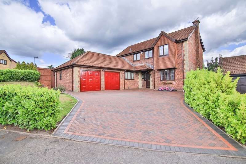 4 Bedrooms Detached House for sale in Brambling Drive, Thornhill, CARDIFF