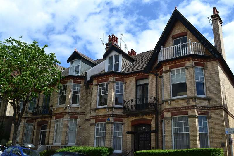 1 Bedroom Flat for sale in Cambridge Road, Hove, East Sussex, BN3