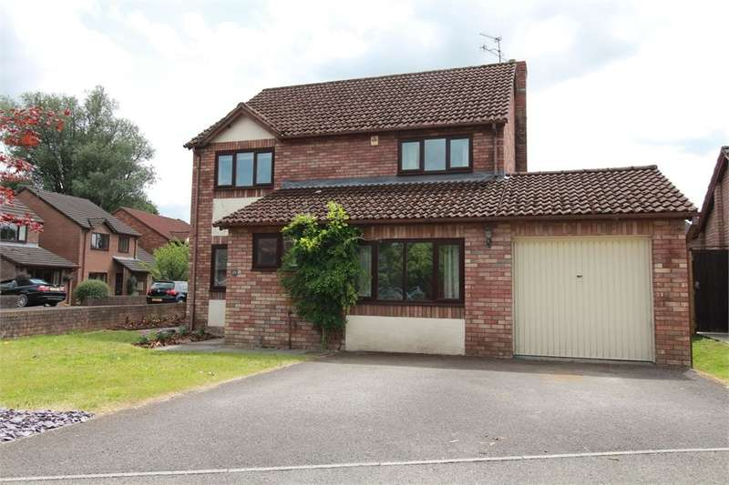 4 Bedrooms Detached House for sale in Chapel Mead, Penperlleni, Monmouthshire, NP4