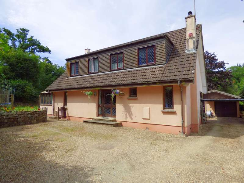 4 Bedrooms Detached House for sale in Brightley Road, Okehampton