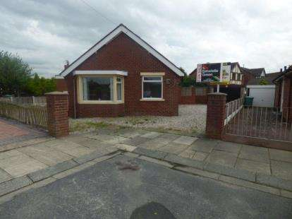 3 Bedrooms Bungalow for sale in Ruskin Avenue, Thornton-Cleveleys, Lancashire, United Kingdom, FY5