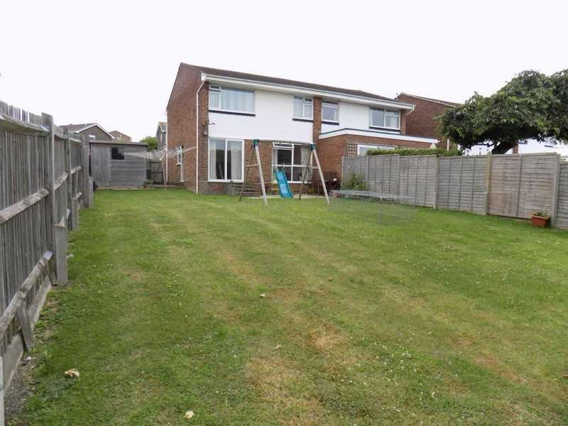 3 Bedrooms Semi Detached House for sale in Heighton Crescent, South Heighton, Newhaven
