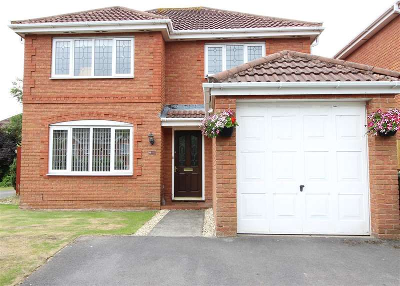 4 Bedrooms Detached House for sale in Colliers Break, Emersons Green, Bristol