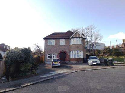 10 Bedrooms Detached House for sale in Ridge Close, London