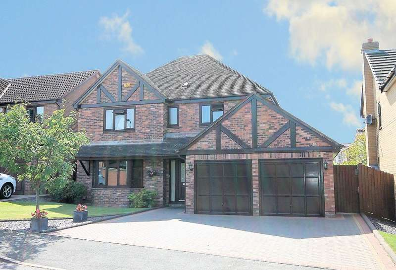 4 Bedrooms Detached House for sale in Durlston Close, Amington, Tamworth, B77 3QG