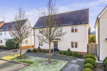 4 Bedrooms Detached House for sale in Waltham Abbey, Essex