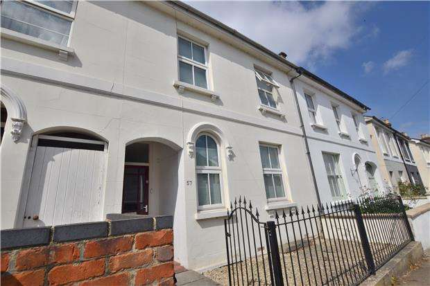 3 Bedrooms Terraced House for sale in Moorend Crescent, CHELTENHAM, Gloucestershire, GL53 0EJ